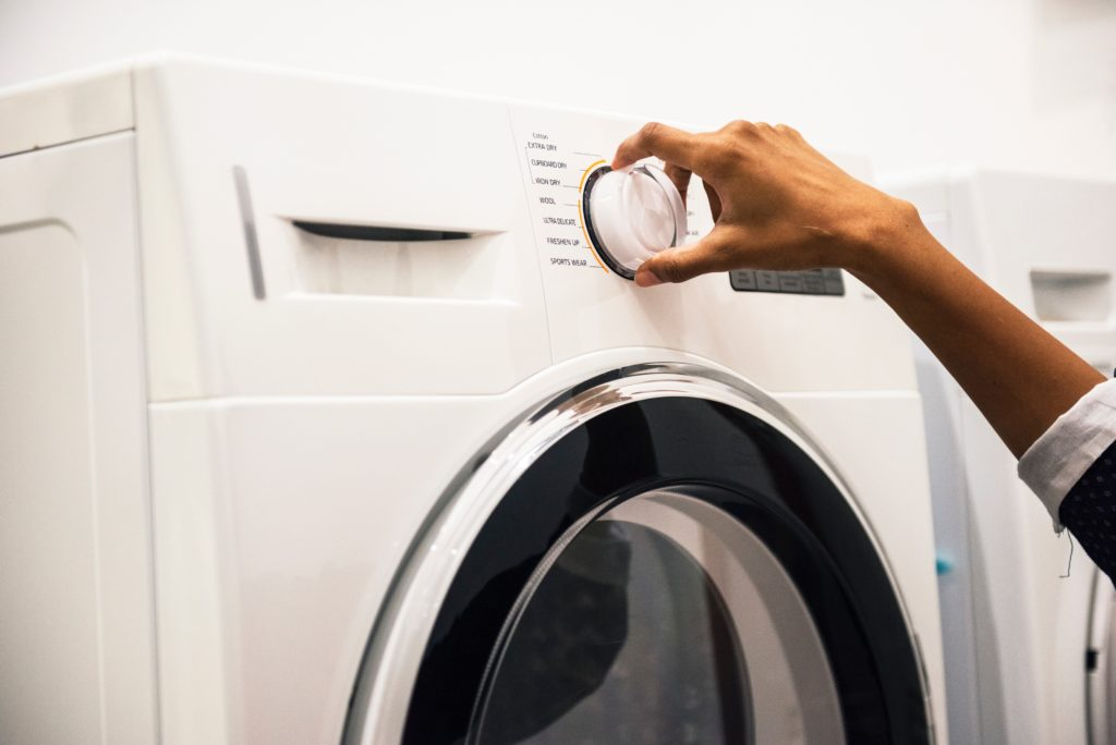 WHY YOU SHOULD DITCH YOUR DRYER SHEETS